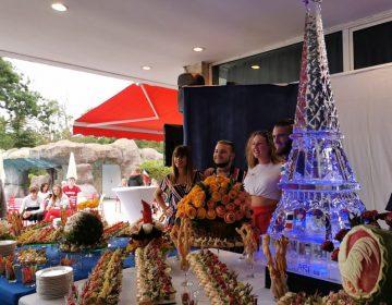 С уникална Айфелова кула от лед хотел в Албена отбеляза празника на Франция