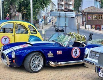 Ретро автомобили от цялата страна показаха в Балчик и Каварна