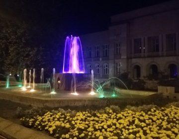 """Фонтаните на площад """"Демокрация"""" и в парка в Добрич стават """"пеещи"""""""