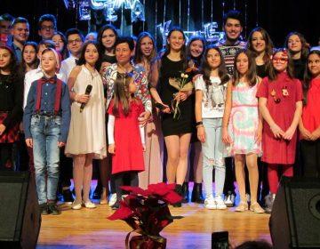 """Светлината на Рождество запалиха с песен талантите от студио """"Сарандев"""""""