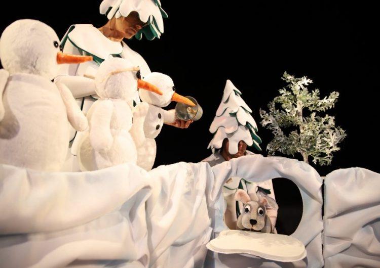 Канят децата на Добрич на безплатен куклен спектакъл