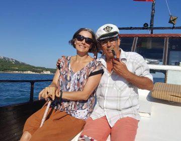 Родни и холивудски звезди разхожда с лодката си Росен Димов от Балчик