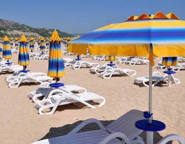 Албена ще запази по-ниските цени на плажните принадлежности